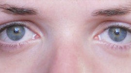 maquiller yeux qui tombe