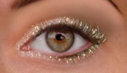 maquillage pour yeux dorés