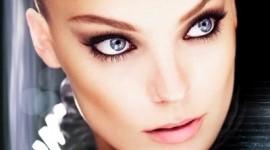 maquillage yeux bleu gris