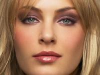 maquillage des yeux pour une blonde