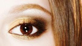 maquiller yeux bruns foncés