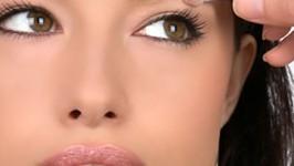 make up effet yeux bridé