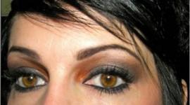 maquillage idéal pour brune yeux marrons