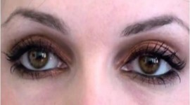 maquillage pour yeux ronds marron