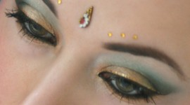 maquillage yeux hindou