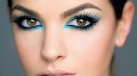 maquillage yeux marrons foncés
