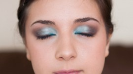 maquillage yeux turquoise