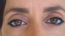 maquillage yeux un peu globuleux