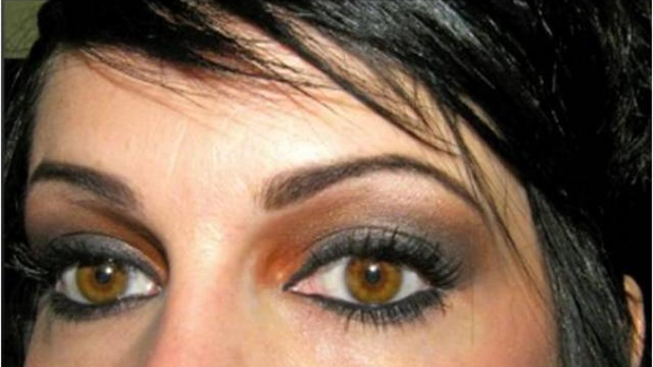 maquillage yeux marrons fonces video