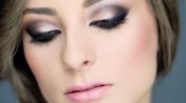 make up pour les yeux bruns