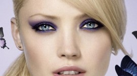 maquillage pour yeux bleu cheveux blond