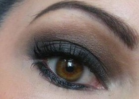 make up pour les yeux marrons