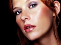 maquillage pour rousse yeux bleus